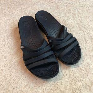 Crocs Rhonda croslite wedge strapped sandals
